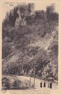 LE CHATEAU DE VENTADOUR SURPLOMBANT LA ROUTE DU PONT DE LABEAUME (dil446) - France