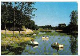 Carte Postale 85. Les Lucs-sur-Boulogne  Enfants Sur Barques Pêchant Le Ranch De L'étang - Les Lucs Sur Boulogne