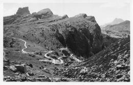 Strada Delle Dolomiti Al Passo Falzarego - Belluno