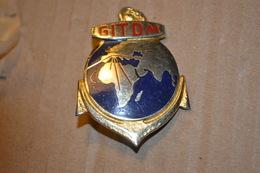 Rare Insigne Groupe D'instruction Et De Transit Des Troupes D'outre Mer - Armée De Terre