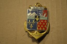 Rare Insigne Centre Militaire Préformation Réunionaise - Esercito