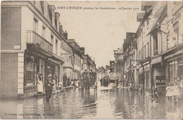 PONT - L'EVEQUE. Pendant Les Inondations. 20 Janvier1910. Attelage Et Personnages. - Pont-l'Evèque