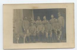 MILITARIA CPA PHOTO 1917 SOLDATS CHIEN  BE - Militaria