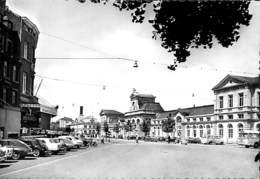 Namur - La Place De La Gare (Lutte Frères, Oldtimer Charcuterie) - Namur