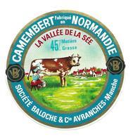 ETIQUETTE De FROMAGE..CAMEMBERT Fabriqué En NORMANDIE..La Vallée De La Sée..Société BALOCHE à AVRANCHES ( 50) - Cheese