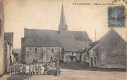 20-2840 : BAIGNEAUX. PLACE DE L'EGLISE. - France