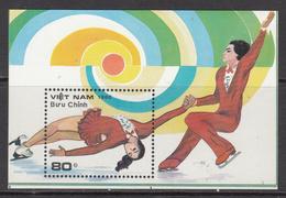 1988 Vietnam Figure Skating Souvenir Sheet MNH - Vietnam