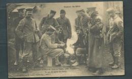 Prisonniers Allemands Dans Un Camp, Près D'Aldershot , Le Jeu De Cartes Au Camp    - Maca0696 - Guerre 1914-18