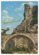 {82617} 13 Bouches Du Rhône Les Baux De Provence , Le Pigeonnier - Les-Baux-de-Provence