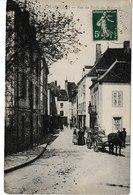 Saône Et Loire CHAROLLES Rue Du Puits Des Ravauds (attelage) - Charolles