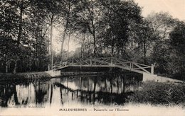 Carte Postale Ancienne - Non Circulé - Dép. 45 - MALESHERBES - Passerelle Sur L' ESSONNE - Malesherbes