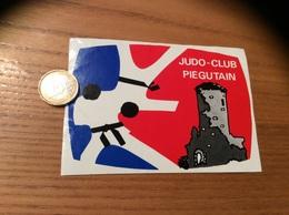 AUTOCOLLANT, Sticker «JUDO CLUB - PIÉGUTAIN (24)» (château) - Aufkleber