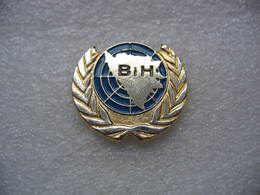 Pin's Militaire, ONU Organisation Des Nations Unies. BIH - Army
