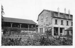 20-2985 : VITTEL. A L'AUBERGE DE L'OREE DU BOIS. - Vittel Contrexeville