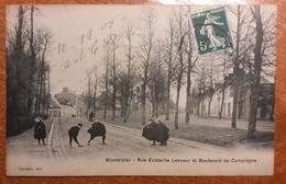 Montdidier.....rue Eustache Lesueur Et Boulevard De Compiègne .belle Animation Jeux D'enfants. 1908.E 19 - Montdidier