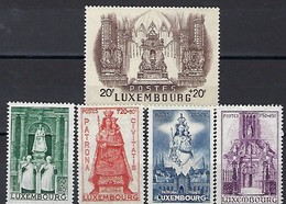 Luxembourg  -  Timbres  -  4.6.1945  -  Michel  -  382-383-384-385-386 **  K.P. - Blocs & Feuillets