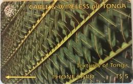 TONGA  -  Phonecards  - Cable § Wireless  - Texture Of Tonga  -  T$5 - Tonga