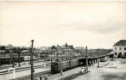 290220 TRANSPORT TRAIN CHEMIN DE FER - PHOTO BREHERET Circa 1950 - 28 CHARTRES Gare - Chartres