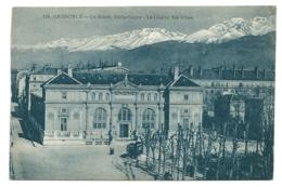 38 - Grenoble - Le Musée Bibliothèque - La Chaîne Des Alpes - Grenoble