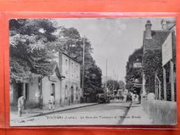 CPA (37)  Vouvray. La Gare Des Tramways Et Avenue Brulée.   (N.191) - Vouvray