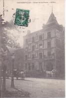 Dépt 12 - DECAZEVILLE - Hôtel De La Poste - SORS - Très Animée, Voitures Hippomobiles - Decazeville