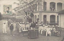 Vietnam - MONCAY - Revue De Caserne Du Régiment D'Infanterie Coloniale - CARTE PHOTO 22 Avril 1909. - Viêt-Nam