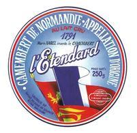 ETIQUETTE De FROMAGE..CAMEMBERT De NORMANDIE..L'Etendard..1791 Marie Harel...Laiterie De ST HILAIRE De BRIOUZE ( 61) - Cheese