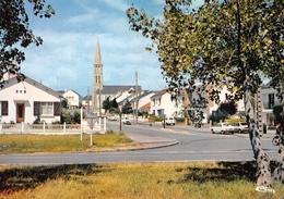 L'IMMACULEE-CONCEPTION - L'Eglise Et La Rue Charles Garnier - Renault 4l (2 Toutes Petites) - Otros Municipios