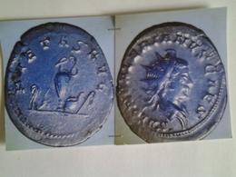 Antoninien Salonin  Tête A Droite Rv/ Pietas Aug Intruments Pontificaux - 5. La Crisis Militar (235 / 284)