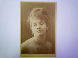 2020 - 4420  PHOTO PORTRAIT Format Carte De Visite :  Photographe KLÖSZ  G.  PESTEN    XXX - Ancianas (antes De 1900)