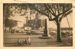 83 - SAINT RAPHAEL - UN COIN DU PORT - Saint-Raphaël