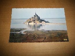 Carte Postale - Le Mont Saint-Michel - Vue Aérienne - 981 - Le Mont Saint Michel