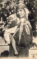 ALGERIE  SCENES ET TYPES  Femme Bédouine Et Son Enfant ..... ( Ref FF1610 ) - Algérie