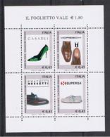 REPUBBLICA:  2004  FGL. MADE  IN  ITALY  -  €. 0,45 X 4  POLICROMO  -  SASS. 40 - Blocchi & Foglietti
