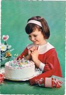 Enfant  -kind -child -meisje Met Taart - Unclassified