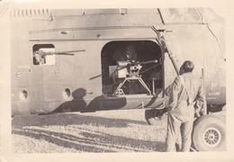 Photographie Anonyme Vintage Snapshot Guerre Militaire Hélicoptère - Guerre, Militaire