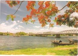 CPM VIET NAM HUE (non Ecrite) TRANG TIEN BRIDGE ACROSS THE PERFUME RIVER PONT RIVIERE DES PARFUMS - Viêt-Nam