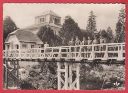 CPSM- 66- BOURG-MADAME - Le Pont International- DOUANE Fraçaise Et Espagnole - ANimation** 2 SCAN- - Altri Comuni