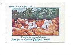 Chromo Océanie Calédonie Cascade De Gui Près De Cacala Bien Pub Au Dos: Cémoi SÉRIE M RARE Colonies Françaises 2 Scans - Chocolat