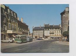 ESPALION (12 - Aveyron) - Voitures - Autocar - Camionette Estafette - Animée - Espalion