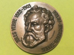 Jules Verne Superbe Médaille En Hommage à Cet Homme Célèbre 70 Mm De Diamètre 200 Gr En Bronze - France