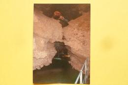 V10-71-saone Et Loire--aze--grottes D'aze-la Riviere Souterraine--photo Bonnefoy-- - Non Classificati