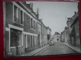 Barrou 37 . Centre Du Bourg . - Francia
