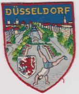 Ecusson Tissu Ancien Allemagne DUSSELDORF - Ecussons Tissu