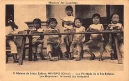 CPA CHINE - Maison De Jésus Enfant, NINGPO ( Chine ) - Les Protégés De La Ste Enfance Les Moyennes - China