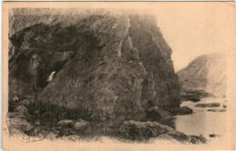 31ksx 527 CPA - BELLE ILE EN MER - SORTIE DES GROTTES DU TALUD - Belle Ile En Mer