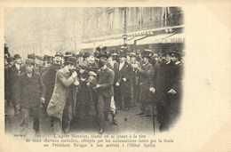 Le President Kruger à Son Arruvée à L'Hotel Scribe L'Agent Monnier Blessé En Se Jetant à La Tete De Deux Chevaux Emballé - Arrondissement: 09