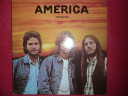 LP N°2253 - AMERICA - HOMECOMING - GRAND GROUPE - 45 Rpm - Maxi-Singles