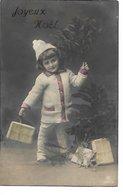 L100F034 - Joyeux Noël - Enfant Avec Des Cadeaux - PRH N°2987/3 - Noël