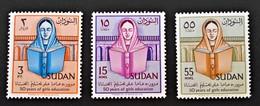 EDUCATION FEMININE 1961 - NEUFS ** - YT 137/39 - MI 172/74 - Soudan (1954-...)